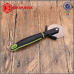 China Stainless Steel Rolling Pizza Cutter Pizza Wheel with Plastic Handle on sale