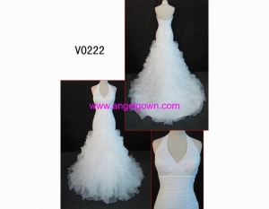 China Classical Wedding Dress halter bridal gown on sale