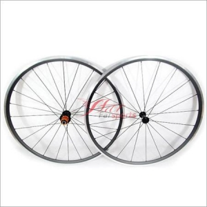 China Cyclocross Clincher Carbon Wheels on sale