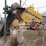 China Iron Ore Crusher Machine Price on sale