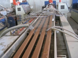 China WPC Plank Extrusion Line For Sale on sale