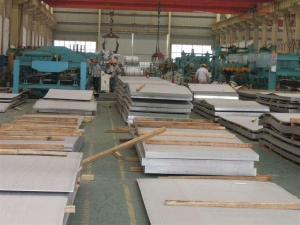 China Q345B Q235B SS400 Hot Rolled Steel Carbon Sheet in Coil HRC Steel Coil on sale
