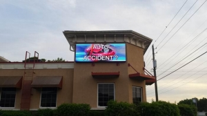 China LED Screen Projects USA 3.52x1.28m Outdoor P10 Front Access LED Sign Project on sale