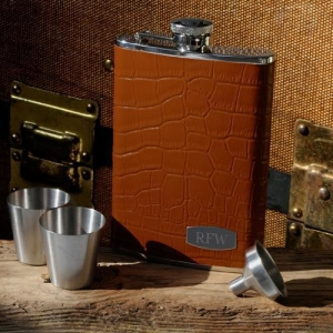 China Personalized Tycoon Leather Flask Set on sale