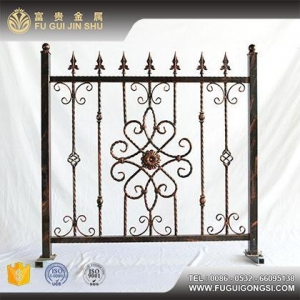 China Fancy Short Wrought Iron Villa House Fence Designs For Sale on sale