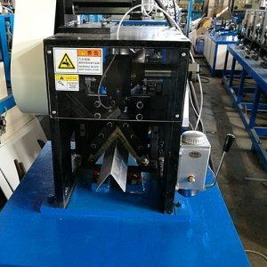 China Paper Edge Protector Machine V shape servo cutting edge board machine on sale