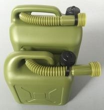 China OEM Blow Molding plastic PE jerry cans, oil fue cans ,5L and 10L Army green plastic bottles on sale