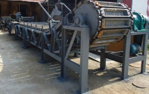 China Lead acid battery recycling machines Lead ingot casting machine on sale
