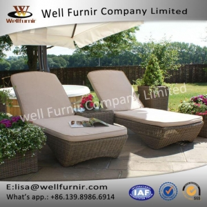 China Well Furnir Lover Seat Beads Sun Lounges With Coffee Table on sale