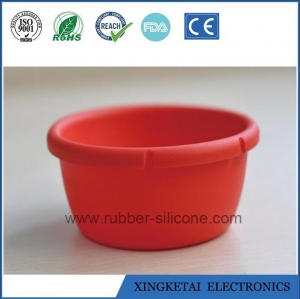 China Silicone Collapsible Pack Away Bucket Collapsible Water Folding Bucket on sale