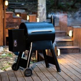 China Traeger Pro Series 22 Pellet Grill On Cart - Blue - 2016 Model on sale