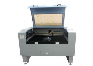 China Wood Paper Jigsaw Puzzle CO2 Laser Cutting Machine on sale
