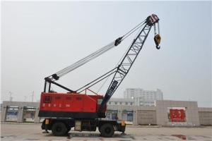 China Rubber Tyred Harbour Crane on sale