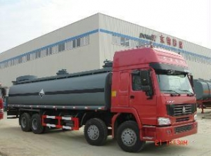 China chemical liquid tank truck DTA5 on sale