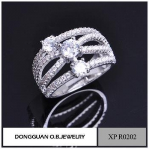 China Rings Brass Material Jewelry Ring Clear Zircon Stone Finger Ring Holder on sale