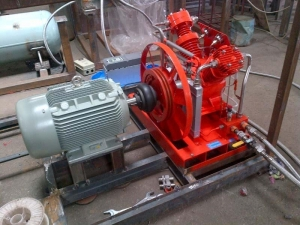 China Oil Free Gas Compressors (SF6) on sale
