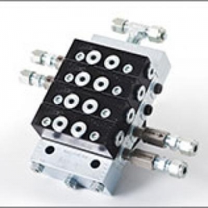 China Divider Block Baseplates and Discharge Check Valve Threads Ariel natural gas compressor accessories on sale