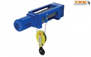 China 1/2 1/4 Ratio With Moving Trolley 1/2 1/4 Ratio Stationary Electric Wire Rope Hoist on sale