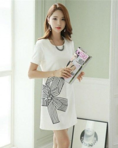 China Simple White Short Sleeve Butterfly Embroidery Dress on sale