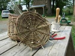 China Basket weaving for beginners - make a round basket - Ceredigion on sale