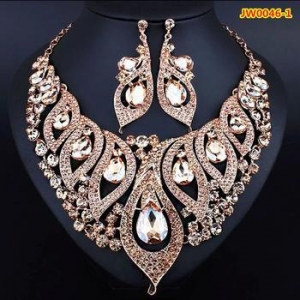 China African jewelry set crystal design fashion necklaces & earrings set for girls on sale
