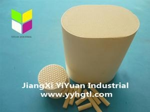 China Honeycomb Ceramic Honeycomb Ceramic Catalyst Substrate on sale