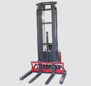 China Electric Straddle Stacker with Full Free Tripple Lift on sale