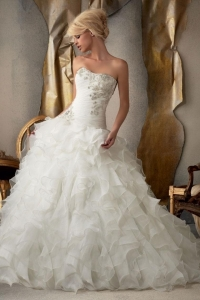 China Authentic 2015 Ruffles Sweetheart Court Train Ball Gown Wedding Dress Cheap On Sale on sale