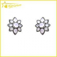 China lovely women jewelry flower stud earrings with colored stone paved funky earrings for college girls on sale