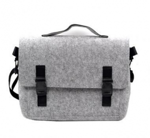 China Laptop Messenger Bag Briefcase Carrying Case Macbook Pro Case 13.3 Inch Felt HandBags on sale