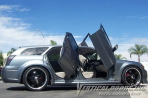 China Vertical Door Kits Dodge Magnum VDI Rear Lambo Doors Kit - VDCDMAG0408REAR on sale