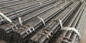 China ASTM A106GR.B CARBON SEAMLESS STEEL PIPE on sale