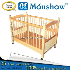 China Wooden Baby Crib on sale