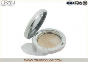 China Highlighting Transparent Makeup Face Powder Cream To Powder Foundation For Oily Skin on sale
