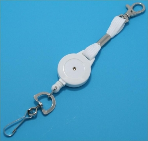 China KR_ML5_WHT White keyreel with secure snap hook. Swivel clip. on sale