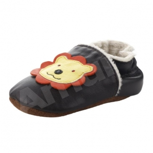 China Amur Baby Boy Soft Sole Leather Crib Shoes Infant Toddler First Walking Prewalker on sale