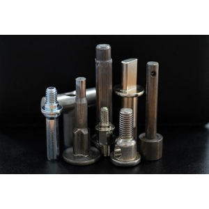China Custom Fasteners Auto Fasteners on sale