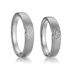 China Gold Plated 925 Silver Simple Heart Wedding Rings Set for Couples on sale