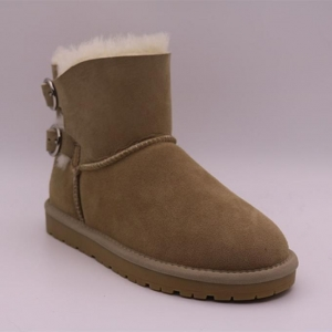 China Winter Popular and Cool Women Snow Ankle Boots Shoes on sale