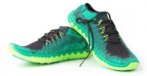 China China Professional Manufacture Running Shoes Fly Knit Upper for Shoe With Great Price on sale
