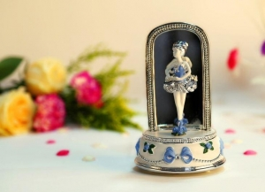 China Blue Ballerina Girl Music Boxes Gifts on sale