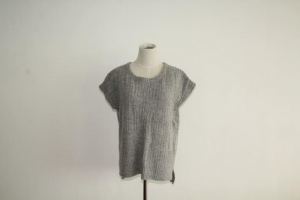 China Women's Sleeveless Cable Knitted Sweater on sale
