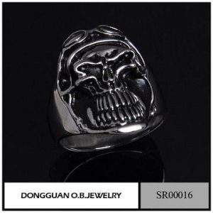 China Wholesale Fashion Jewelry 316L Stainless Steel Man Skull Ring /Bike Skull Ring on sale