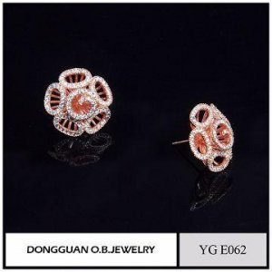 China Wholesale 925 Silver Earring Rose Gold Plated Artificial Flower Jewelry Earrings For Ladies on sale