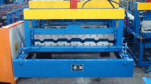 China Roof Panel Color Steel Sheet Glazed Tile Roll Forming Machine on sale