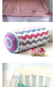 China Cylinder shape ripple pattern hand crochet cushion cover pillows on sale