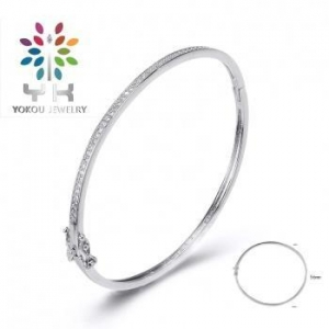 China Sparkling One Row Cz Bangles In White Gold on sale
