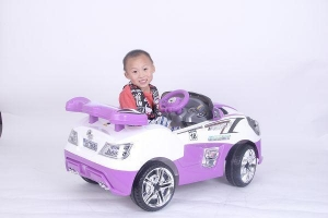 China Battery Powered Ride On Toy Cars For Kids on sale