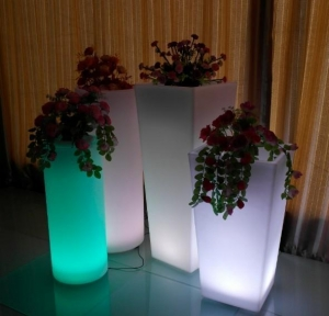 China Garden Flower Pot LED Light Up Outdoor Furniture on sale