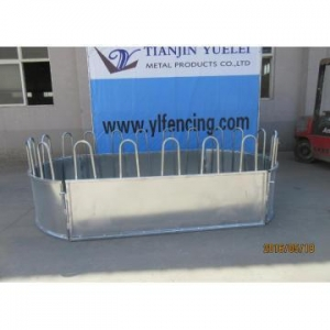 China Galvanized Livestock Animal Cattle Horse Bale Hay Feeder on sale